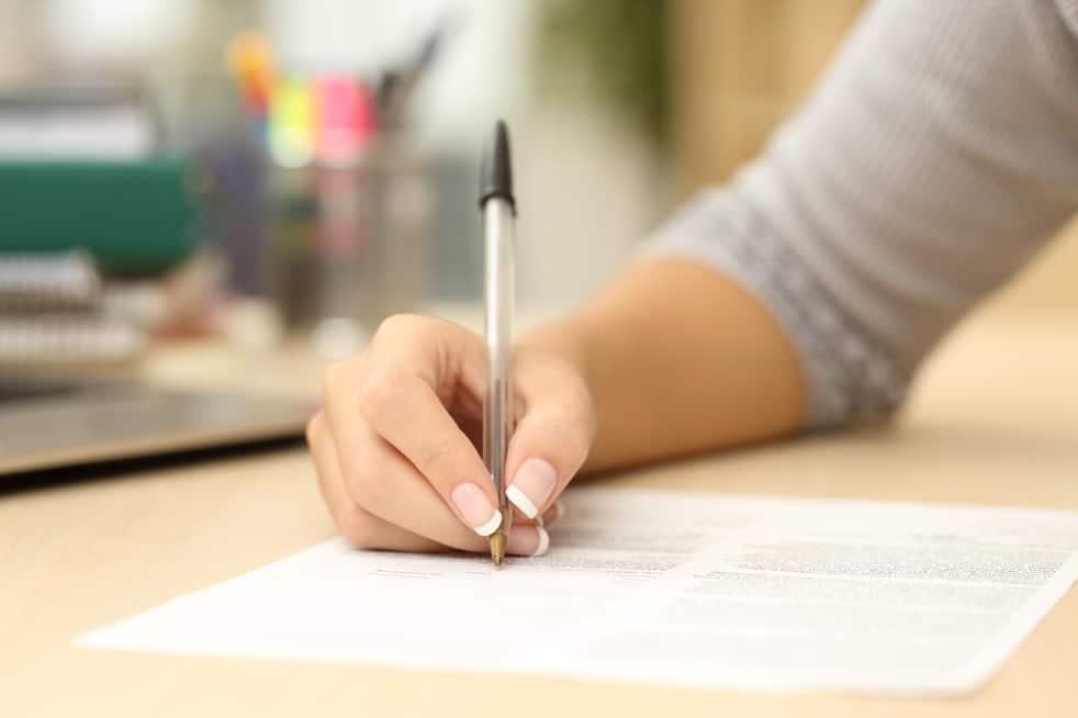 empieza a escribir
